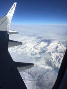 Flug nach Sizilien über die Alpen