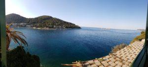 Ausblick aus dem Hotelzimmer auf das Meer