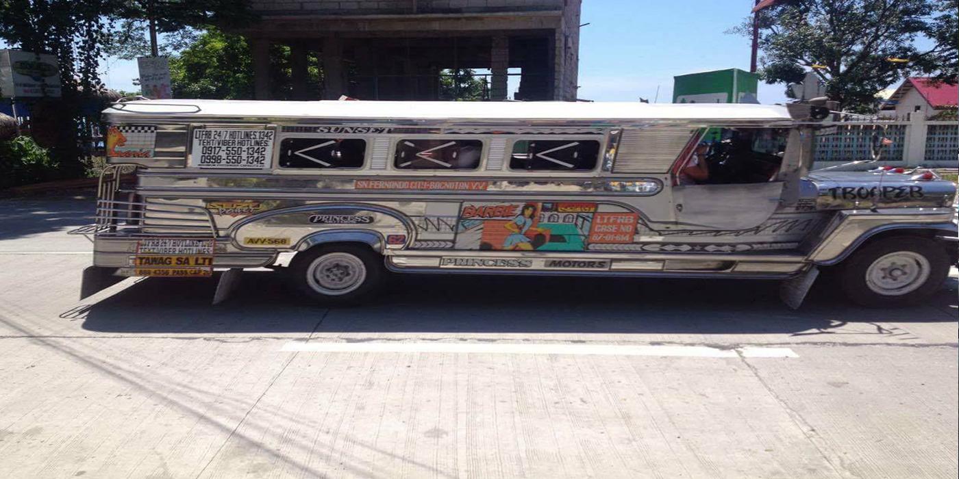 Der locale Bus in La Union für 10 Peso